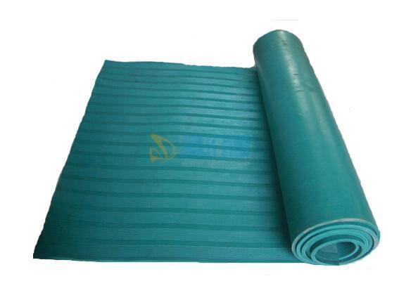 PVC复合防滑胶底双条纹地毯图片