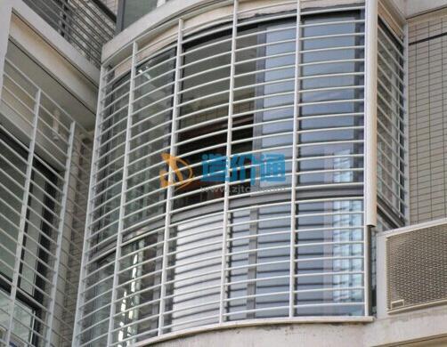 铝合金防盗窗图片