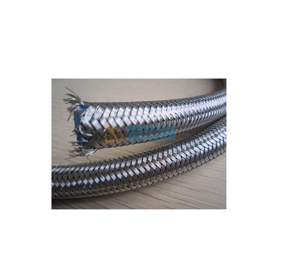 高压钢丝缠绕胶管图片