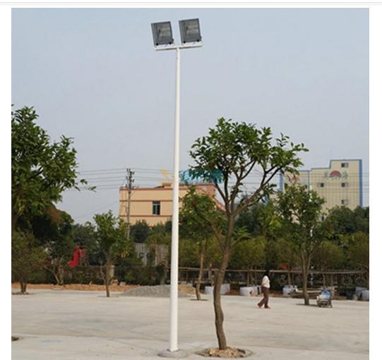 篮球场高杆灯图片