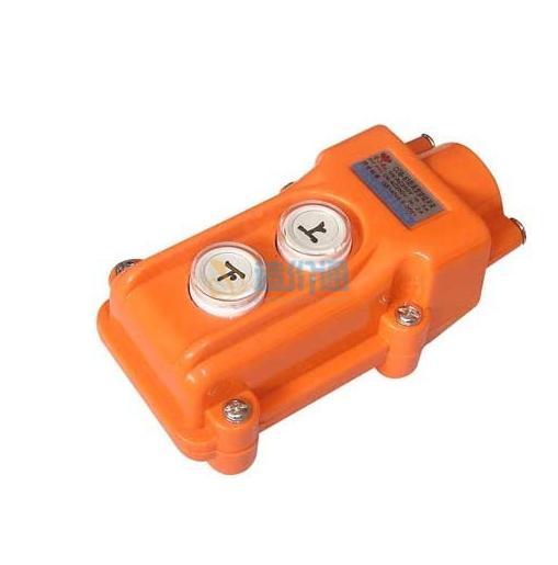 防雨型押扣开闭器(行车按钮)图片