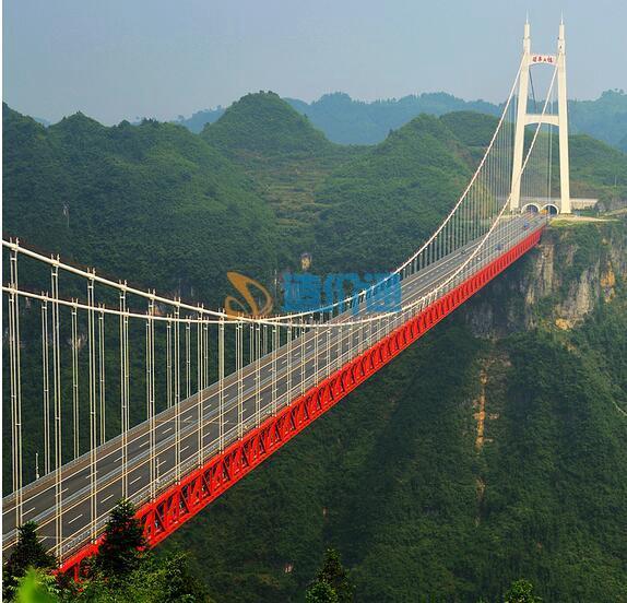 吊索桥图片