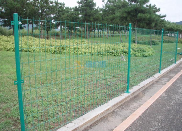 车间护栏网(红)图片