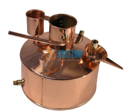 蒸馏水器图片