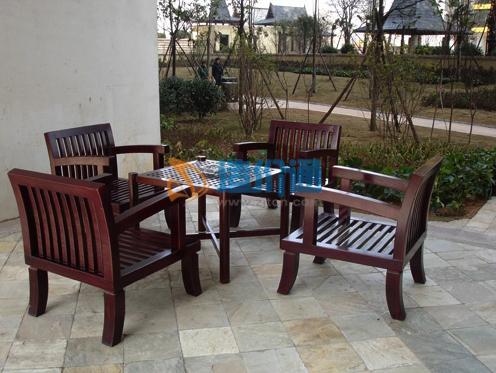 橡木餐桌椅图片