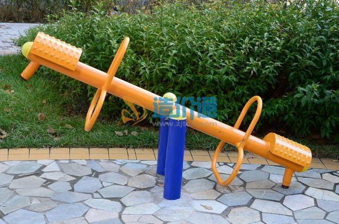 弹簧跷跷板图片